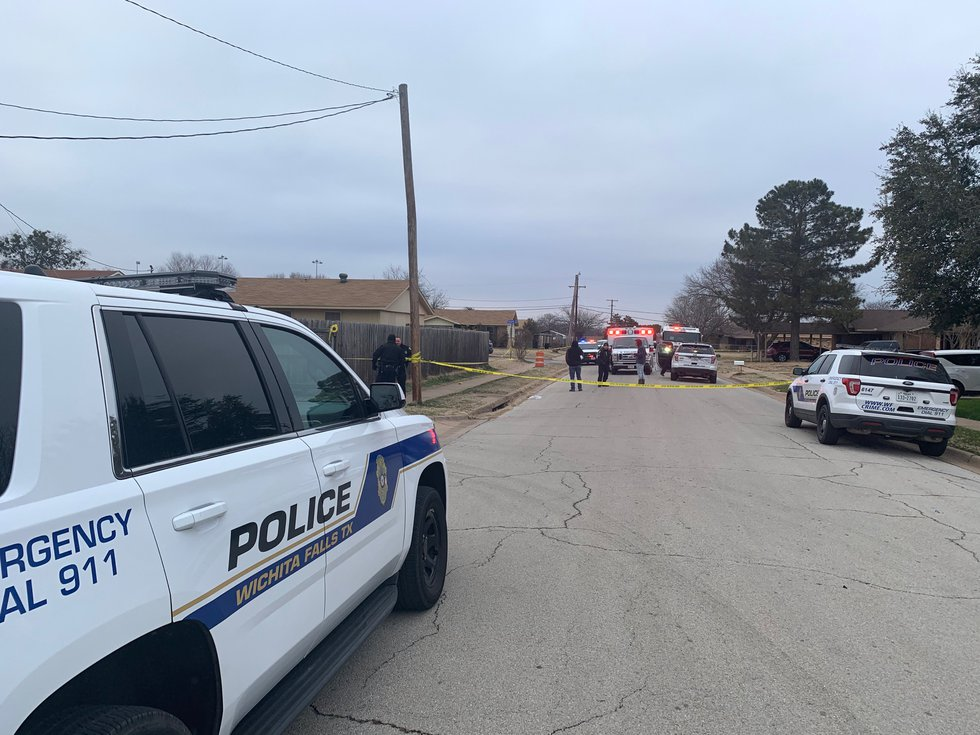 One person shot, one arrested in shooting on Colleen Drive