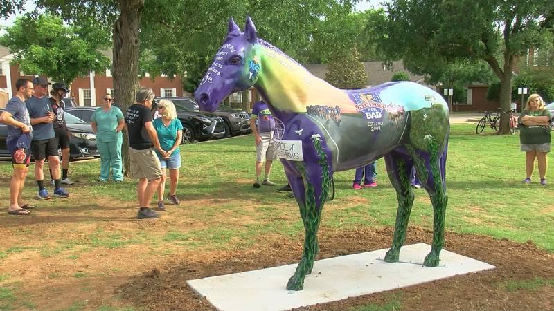 Mane Event horse statue unveiled