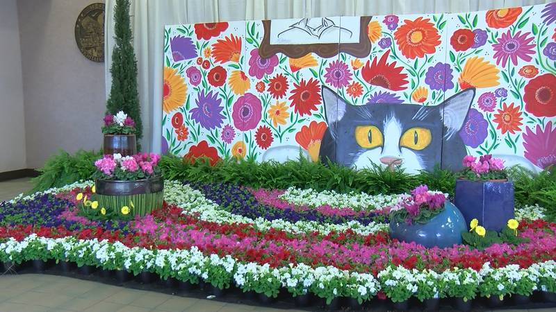 Arts Alive! Home and Garden Festival draws steady crowd this weekend