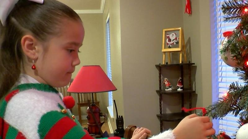 Young Burkburnett girl sells crafts, donates proceeds