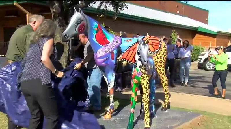 New memorial horses unveiled honoring Christy Ridinger