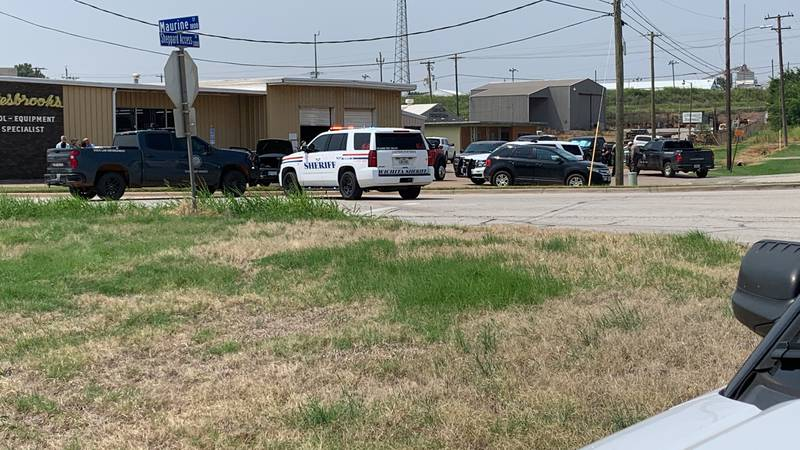 Law enforcement manhunt near Maurine, Sheppard Access
