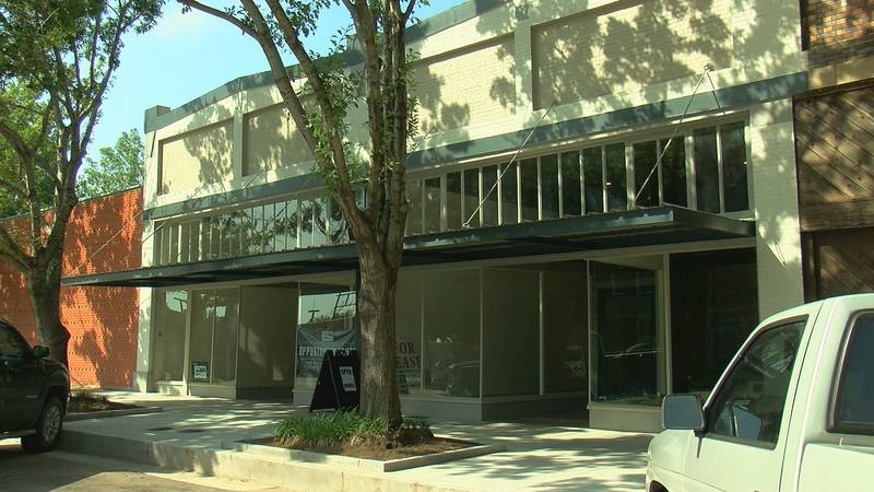 This program gives entrepreneurs the chance to tour properties for sale or lease downtown