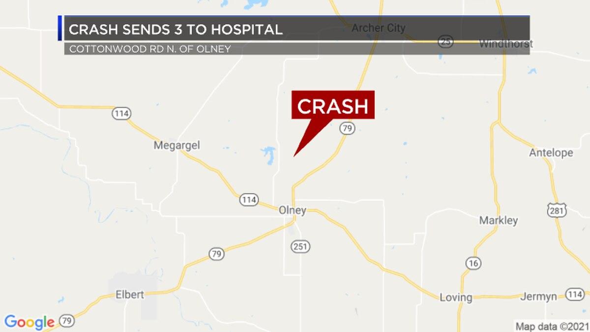 Crash sends 3 to hospital North of Olney