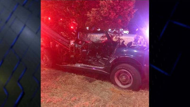 Man injured in accident on Taft and Kell