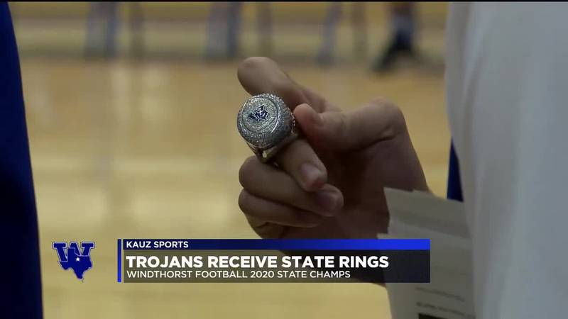 Trojans receive state rings