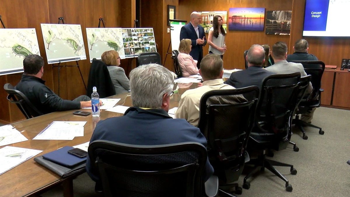 Lake Wichita Revitalization Committee meets with design firm.