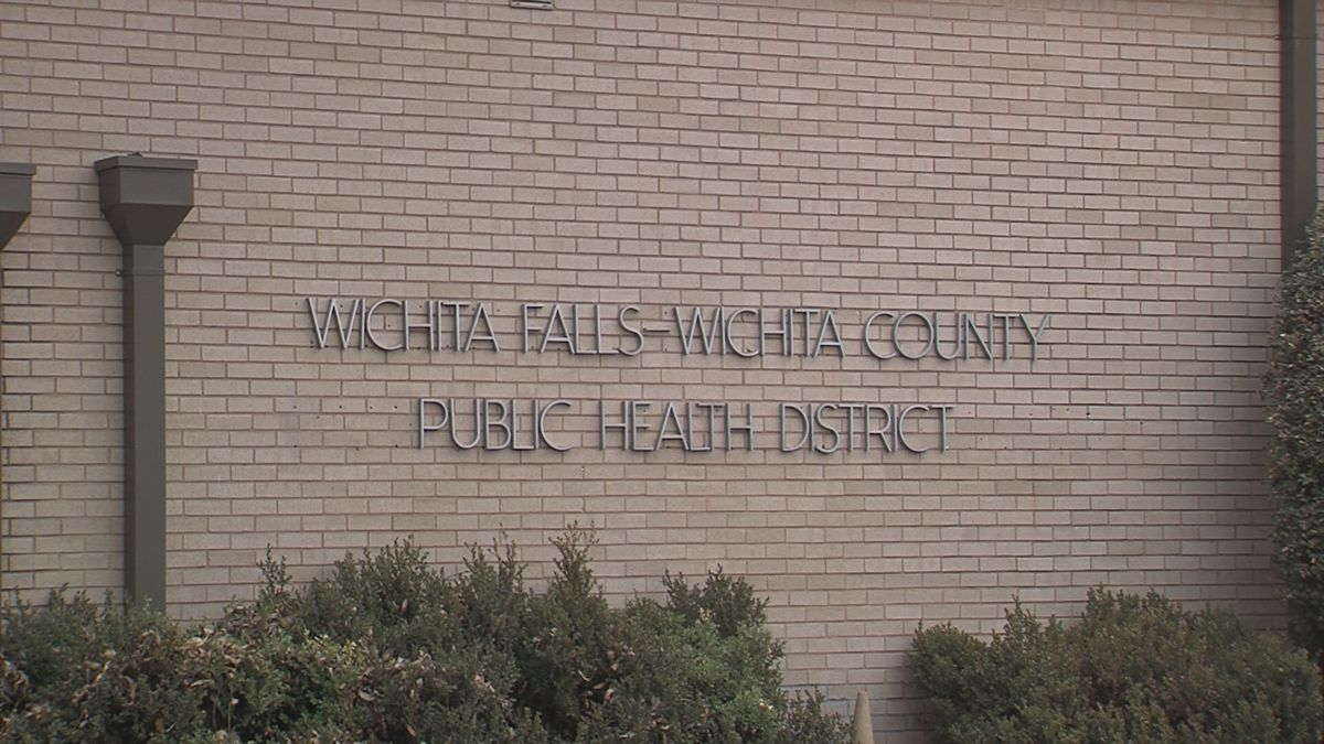The health department will start offering Live Well with Chronic Disease classes in January.